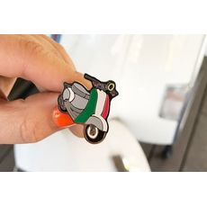 """зображення 1 - Значок Pin&Joy """"Скутер"""" метал"""