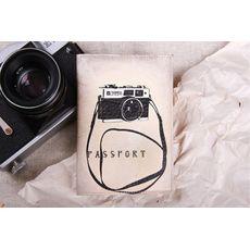 "фото 1 - Обложка на паспорт ""Фотоапарат"" эко-кожа"