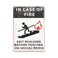 фото 1 - pvh0019 Постер In case of Fire