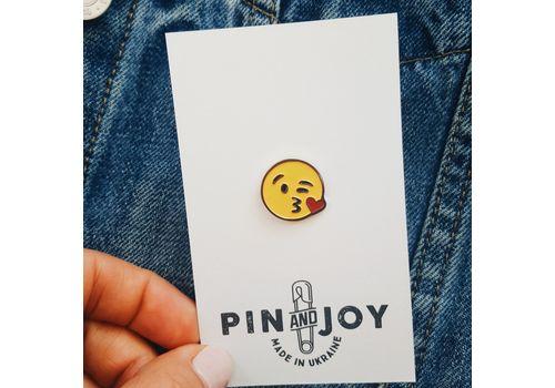 """зображення 3 - Значок Pin&Joy """"Kiss"""" метал"""