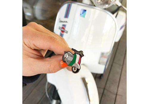 """зображення 2 - Значок Pin&Joy """"Скутер"""" метал"""