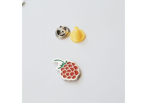 "фото 1 - Значок Pin&Joy ""Малина"" металл"