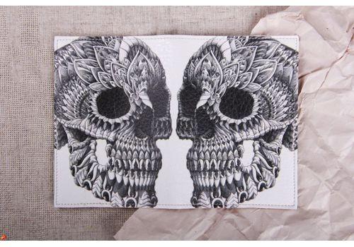 """фото 2 - Обложка на паспорт """"Череп на белом"""""""
